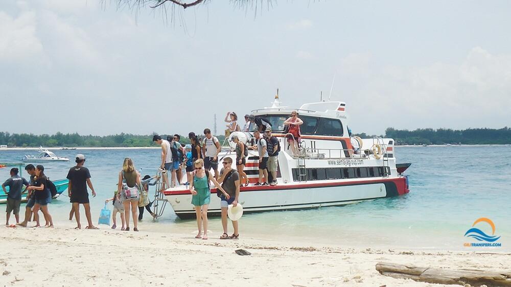 semaya one fast boat